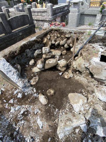 昔のお墓の基礎